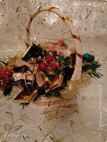 Колпак Деда Мороза,букет из конфет и чая. фото 3
