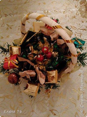 Колпак Деда Мороза,букет из конфет и чая. фото 4
