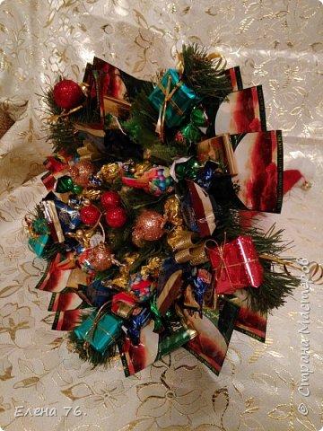 Колпак Деда Мороза,букет из конфет и чая. фото 2