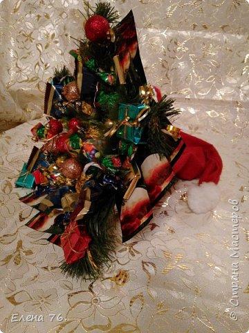 Колпак Деда Мороза,букет из конфет и чая. фото 1