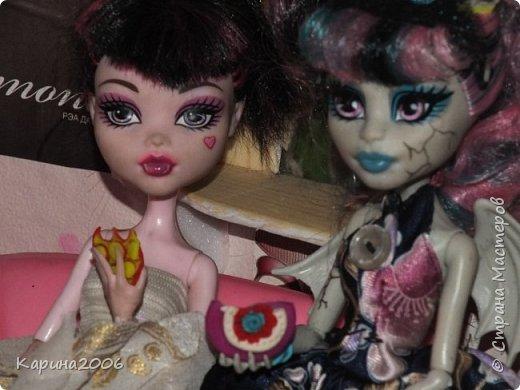 Вот такой  стол для кукол у меня получился . фото 7