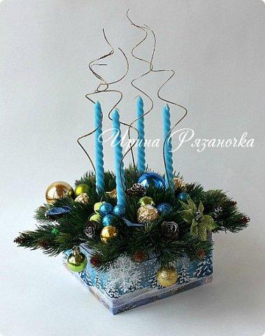 """""""Рождественские свечи зажгу я в этот вечер, и про себя спрошу - ну как, твои дела?""""  Всем, всем здравствуйте! Как ваши дела, мои дорогие? К моему великому сожалению новогодних блогов у меня в этот раз не было.... Поэтому гружу свой блог в сочельник. Приглашаю всех к теплому очагу со свечами. Да уж, свечей в этот раз  у меня много)))  Итак - две подарочные композиции в кашпо со свечами. Без конфет. Для интерьера.  фото 13"""