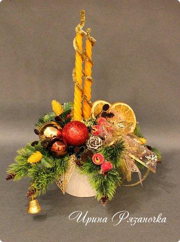 """""""Рождественские свечи зажгу я в этот вечер, и про себя спрошу - ну как, твои дела?""""  Всем, всем здравствуйте! Как ваши дела, мои дорогие? К моему великому сожалению новогодних блогов у меня в этот раз не было.... Поэтому гружу свой блог в сочельник. Приглашаю всех к теплому очагу со свечами. Да уж, свечей в этот раз  у меня много)))  Итак - две подарочные композиции в кашпо со свечами. Без конфет. Для интерьера.  фото 6"""