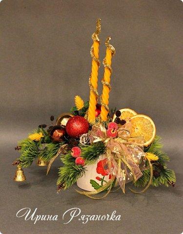 """""""Рождественские свечи зажгу я в этот вечер, и про себя спрошу - ну как, твои дела?""""  Всем, всем здравствуйте! Как ваши дела, мои дорогие? К моему великому сожалению новогодних блогов у меня в этот раз не было.... Поэтому гружу свой блог в сочельник. Приглашаю всех к теплому очагу со свечами. Да уж, свечей в этот раз  у меня много)))  Итак - две подарочные композиции в кашпо со свечами. Без конфет. Для интерьера.  фото 5"""