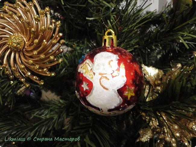 Мороз и солнце, день чудесный. Это именно про сегодняшний радостный и чудесный день. Рождество Христово. Белый снег искрится на солнышке, похрустывает под ногами. Кругом все празднично и радостно. Морозец с утра знатный - минус 28, к обеду немного отпустило, как бы приглашая на праздничную прогулку.  Рождество у меня ассоциируется с елкой нарядной, домиками припорошенными и ангелами. фото 5