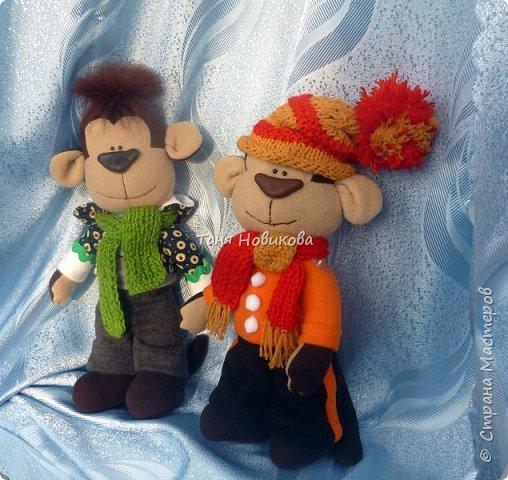 Всем здравствуйте!  С Рождеством Христовым! Вот такие игрушки пошились из флиса. фото 2