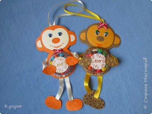 Обезьянки с конфетками (типа М&Мs или Скиттлз) в животе. В подарок деткам.... фото 1