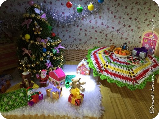 Вот такие стол и елочка были на Новый год в нашем маленьком домике. фото 11