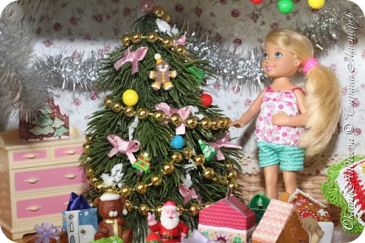Вот такие стол и елочка были на Новый год в нашем маленьком домике. фото 3