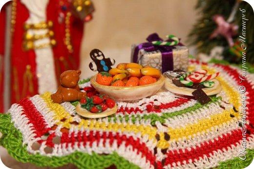 Вот такие стол и елочка были на Новый год в нашем маленьком домике. фото 15