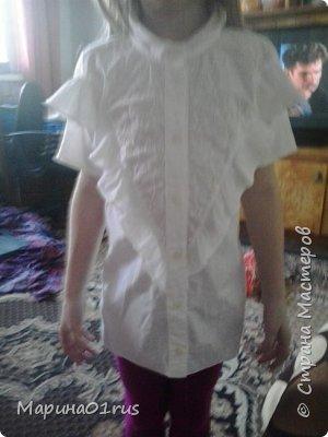 В один прекрасный день достала блузку и решительно перекроила дочке. фото 4