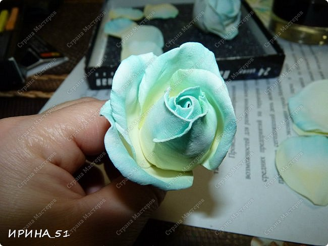 Здравствуйте! Сегодня я к Вам с новым Мк. Простая роза с тонировкой сухой пастелью. Мастер-класс. Автор Ирина_51 (вы можете найти меня  в контакте по имени  Ирина Сашина) фото 35