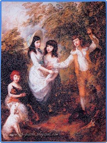 Отпечатанная на бумаге репродукция картины Томаса  Гейнсборо (Thomas Gainsborough (English, 1727-1788). The Marsham Children, 1787) наклеена на лист фанеры и затем разрезана на отдельные детали, образовав хитрый пазл:  фото 1