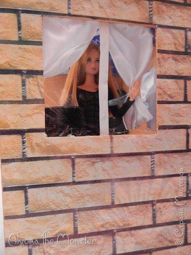 Приветствую всех, кто зашел в гости! Все каникулы я исполняла свою мечту - делала кукольный дом. Это была очень большая и очень сложная работа. Дом сделан из двух почтовых коробок №6, состоит из двух этажей и веранды. фото 7
