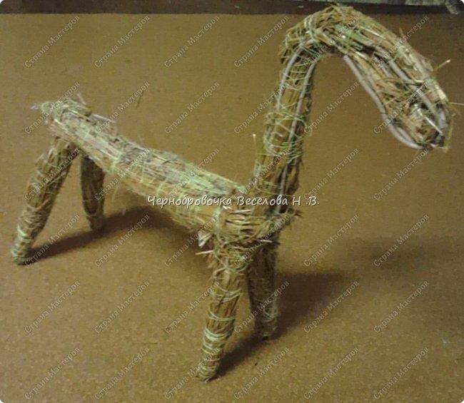 Соломенный олень был сделан, как экспонат , для участия в  межрегиональной выставке Рождественские узоры Поволжья фото 7