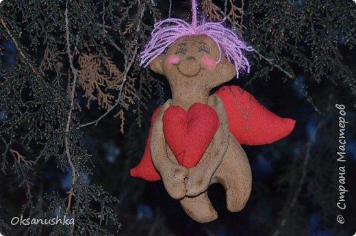 Немного шила...в итоге получились вот такие ангелочки. Выкройки нашла в интернете. Большое спасибо авторам! фото 2
