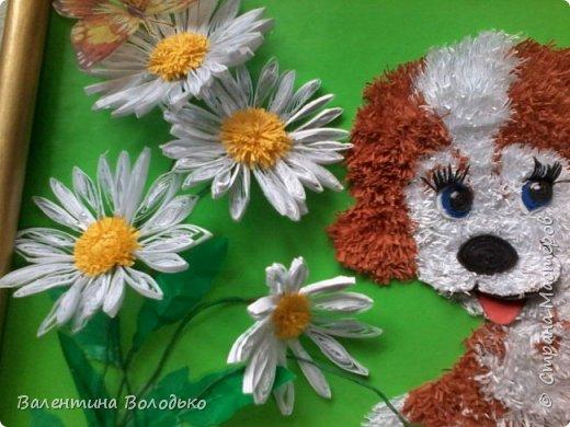 Здравствуйте дорогие жители Страны Мастеров.Сегодня у меня панно с озорным щенком.Делала по просьбе дочки,подарок подруге,родившейся в год собаки.Разошелся ,разыгрался щенок на прогулке,цветок ромашки растрепал.Разлетелись лепестки. фото 4