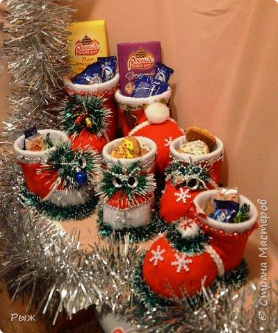 В этом году Рождественские печеньки и  сласти разбегались в таких сапожках фото 1