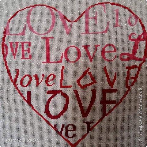 Подушка ко дню Валентина,это переделка,давно шила,не нравилась,распорола и с той же вышивкой получилась такая подушечка фото 3