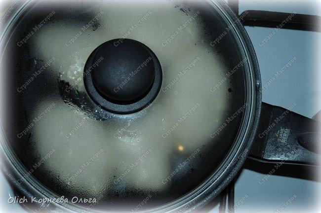 Здравствуйте. Хочу поделиться еще одним простым рецептом теста для пирогов. Это тесто идеально для жарки пирожков на сковороде. Минимум продуктов и времени на приготовление. Тесто получается мягким, вкусным, подходит для сладкой или соленой начинки. фото 12