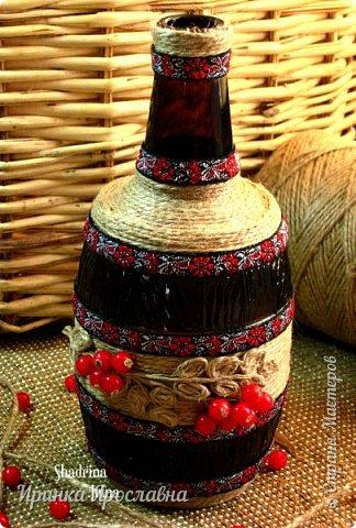 """Задекорировала бутылочку джутовым шпагатом, декоративной тесьмой, бусинами и назвала её  """"Ветка рябины"""":-)  фото 4"""