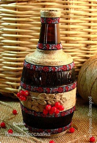 """Задекорировала бутылочку джутовым шпагатом, декоративной тесьмой, бусинами и назвала её  """"Ветка рябины"""":-)  фото 1"""
