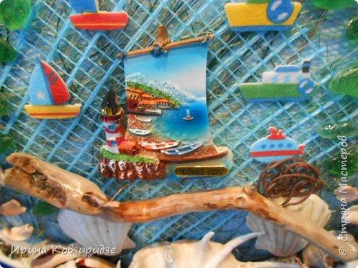 С моря я привезла много раковин. Прикупила к ним магнитов на морскую тему, собрала пластиковых крышек от ведёрок  и начала фантазировать... фото 15