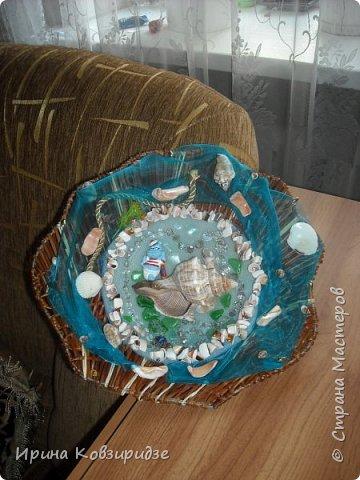 С моря я привезла много раковин. Прикупила к ним магнитов на морскую тему, собрала пластиковых крышек от ведёрок  и начала фантазировать... фото 20