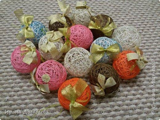 Елочные шарики из ниток фото 2