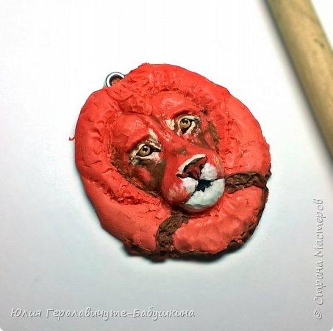 Кулон из полимерной глины, слеплен по мастер классу Ксении Емельяновой  фото 5