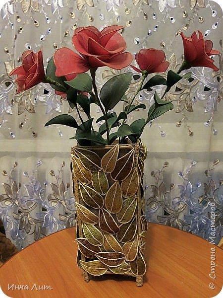 Приветствую Вас,жители!Я со своей вазой из шпагата.Шпагат красила морилкой и пищевыми красителями.(не отбеливала нить) фото 2