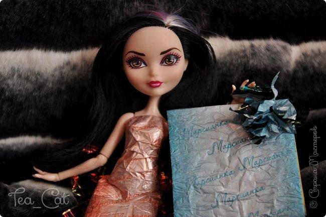 """Доброго Времени суток, Жители Страны Мастеров. Я сдаю работу на конкурс """"Загадочный блокнот"""". Я сделала блокнот, но у меня появилось вдохновение. Поэтому я сделала еще и платье. Всё выполнено из конфет """"Марсианка"""". Уж очень я их люблю) фото 9"""