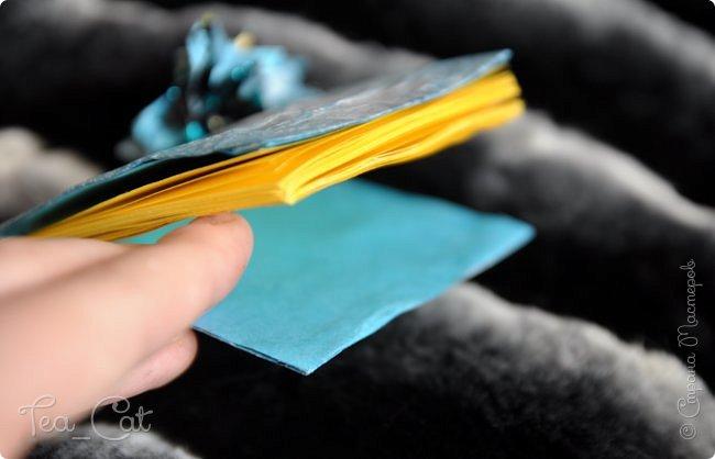 """Доброго Времени суток, Жители Страны Мастеров. Я сдаю работу на конкурс """"Загадочный блокнот"""". Я сделала блокнот, но у меня появилось вдохновение. Поэтому я сделала еще и платье. Всё выполнено из конфет """"Марсианка"""". Уж очень я их люблю) фото 8"""