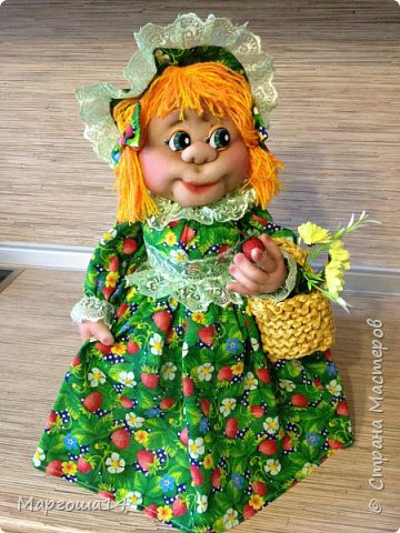 Кукла - грелка на чайник Дарьюшка. Добрая, хозяйственная, всегда позаботится ,чтобы чай был горячим))) фото 3
