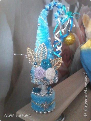 Всем привет!:)Сегодня я вам покажу свои новогодние ёлочки.Фоток будет много,надеюсь,не утомлю вас...Итак приступим!:) Елочка ,,Захотелось лета,вишни,солнца...,, фото 2
