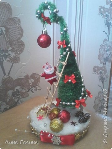 Всем привет!:)Сегодня я вам покажу свои новогодние ёлочки.Фоток будет много,надеюсь,не утомлю вас...Итак приступим!:) Елочка ,,Захотелось лета,вишни,солнца...,, фото 4