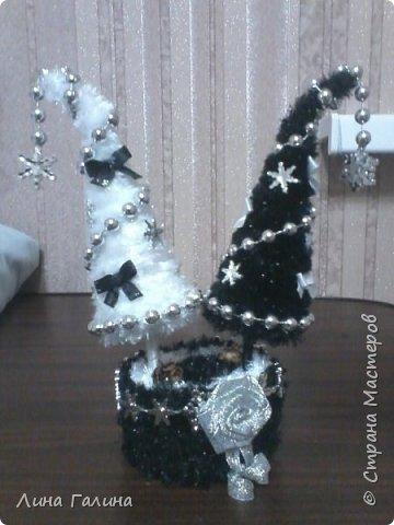 Всем привет!:)Сегодня я вам покажу свои новогодние ёлочки.Фоток будет много,надеюсь,не утомлю вас...Итак приступим!:) Елочка ,,Захотелось лета,вишни,солнца...,, фото 11