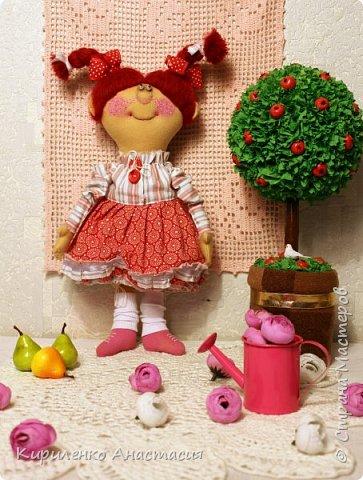 Добрый вечер! Родилась новая моя куколка. Ириска. Почему такое имя - не знаю. Лежала, лежала и появилась. Долго лежала, стала стыдно мне и приняла она наконец-то законченный образ. фото 1