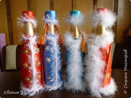 К позапрошлому 2014 новому году я уже делала подобное (http://stranamasterov.ru/node/716812 ) А потом в моей жизни произошло счастливое событие-родилась дочь, и творчество пришлось забросить. Но душа-то требует творить (или вытворять))) Поэтому к этому Новому году я уж навытворяла ))) На уникальность не претендую. Просто покажу, что получилось. фото 1
