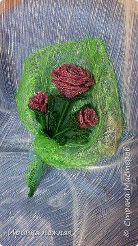 Букеты роз из бисера фото 2