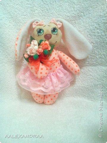 Всем привет! Решила сшить подружку моему первому зайчику. Вот такая парочка получилась.))) фото 4