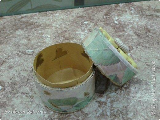 Очередные шкатулочки из бобин от скотча фото 2