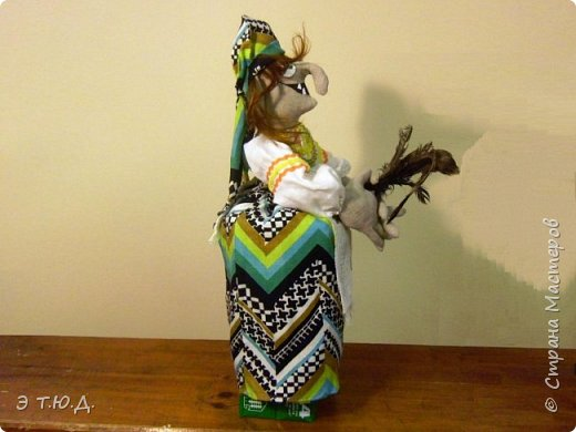 Бабка Петровишна продолжает серию бабок Ежек сшитых из текстиля. фото 2