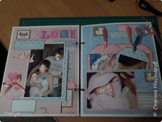 Это обложка весь альбом завязывается на ленты розового цвета, фотографировала в спешке (делала на заказ) поэтому фото кратко, буду подробно описывать, итак,..... фото 6