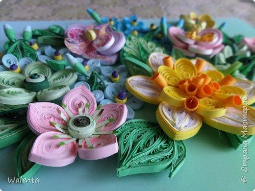 Букетик с орхидеями.Благодарна Анастасии Бертовой за идею и МК орхидей и фантазийного цветка.По ее МК сделаны крупные листочки.. фото 2