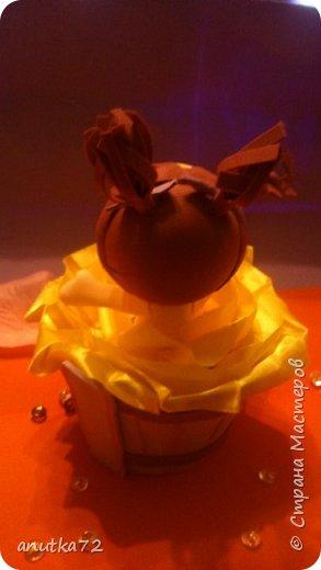 После долгих просмотров МК по фоамирану, захотелось и себе попробовать сотворить чего-нибудь такого.... А тут попала на МК  Ирины Павлюченко (Ангарск) я просто влюбилась в её малышку. фото 3