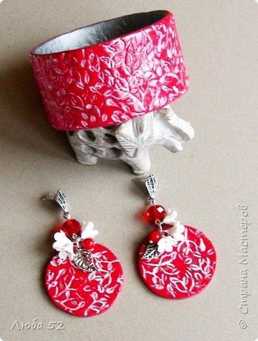 Комплект украшений из термопластики. Яркое стильное украшение к празднику..... фото 2