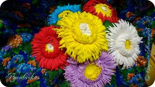 Добрый вечер Страна Мастеров! Сегодня я хочу представить Вашему вниманию свой первый ободочек с цветами из фоамирана. фото 5