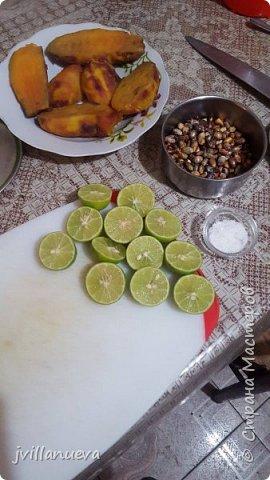 Рецепт 6: 1 кг рыбы Corvina или любой другой свежей рыбы 12 лимонов по вкусу, 1 луковица, перья, щепотка молотого имбиря, мелко нарезанный 1 красный перец, соль и перец по вкусу кубик льда так богатые усиливает вкус!!!Мы начинаем подготовку пища богов инков фото 2