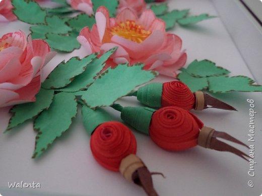 Пока делала розы  для зонтика, созрела вот эта картинка.Конечно,так в природе не бывает - и цветы и плоды одновременно,но ведь в нашей Стране Мастеров творятся настоящие чудеса... фото 2